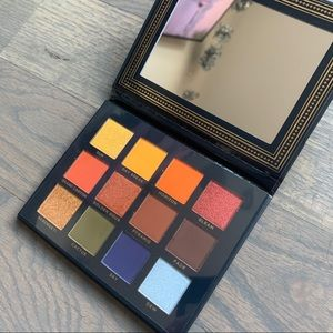 Ace Beauté Vintage Dawn Eyeshadow Palette